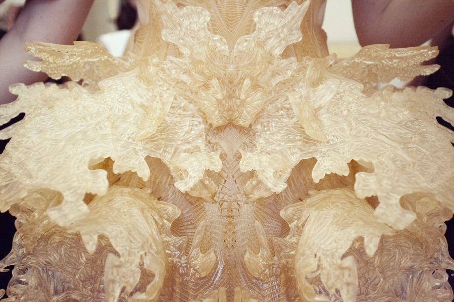 Backstage | Hybrid Holism Haute Couture