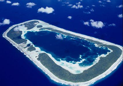 RAKAHANGA, Cook Islands. Mums Home.x