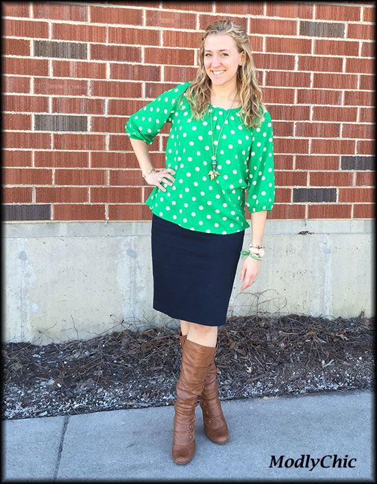 4921e55693 Navy pencil skirt, emerald polka dot shirt, brown boots. #OOTD #style  #Spring