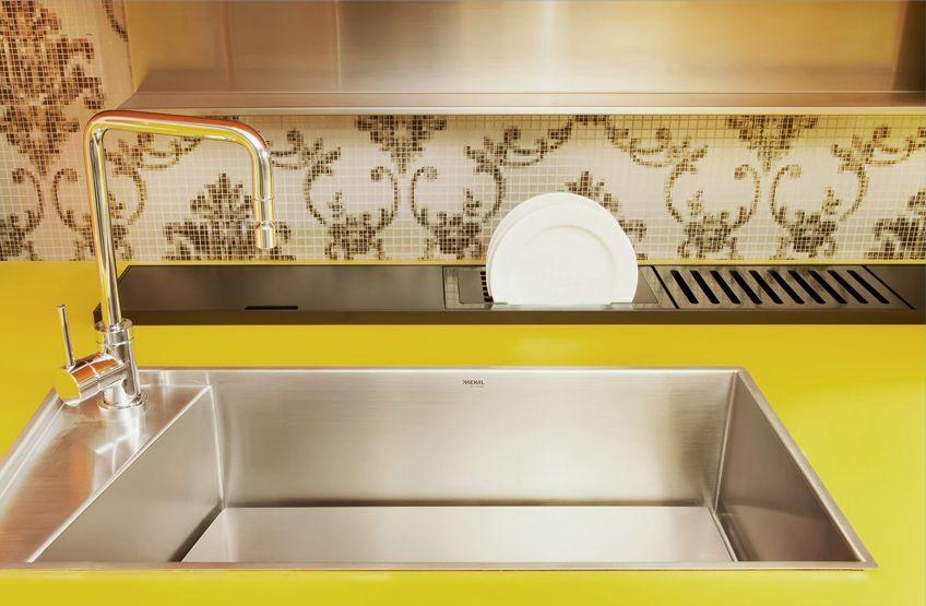 Canale Attrezzato Per Piano Lavoro Cucina Canal Equipado Cocina