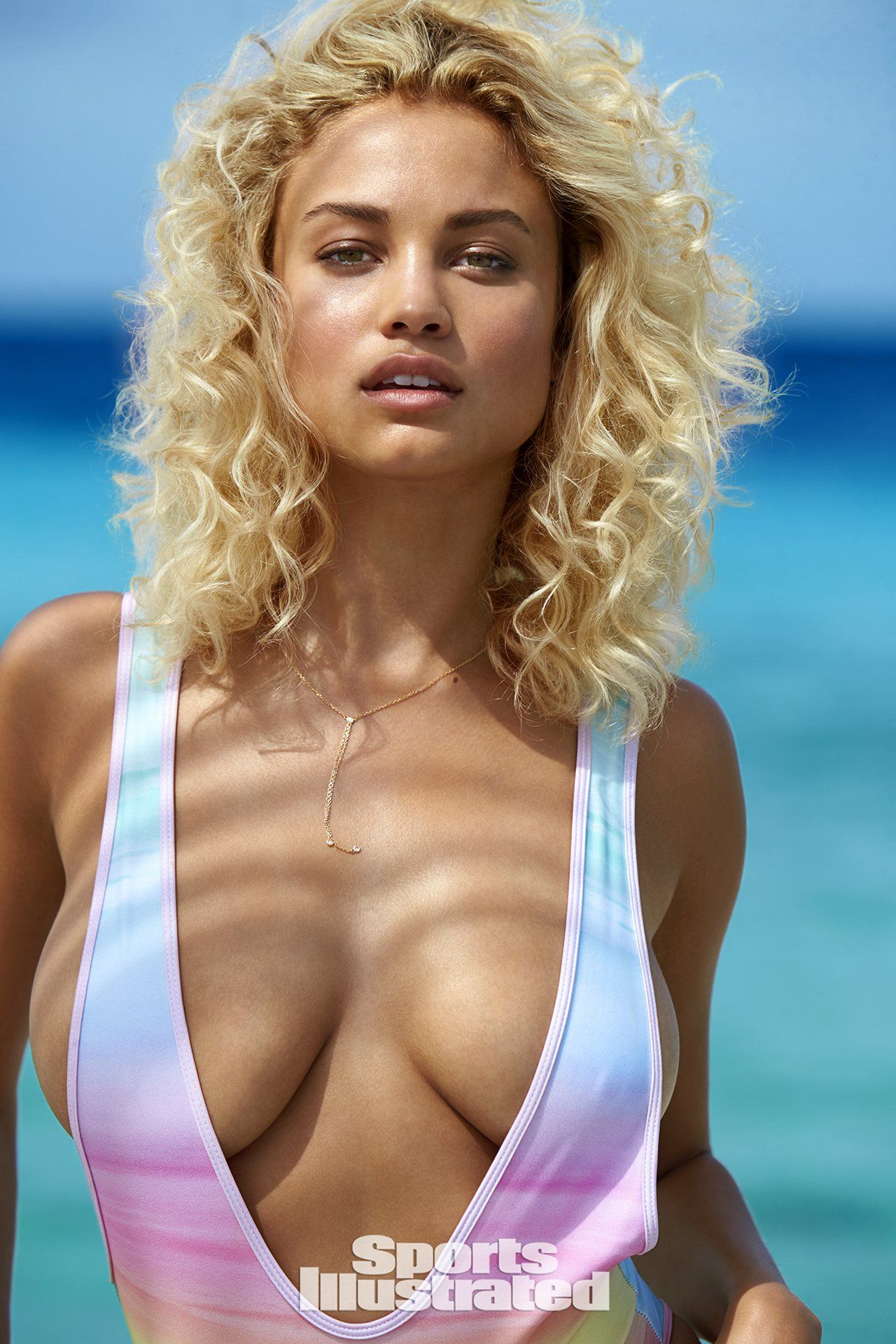 Porno Cleavage Stephanie Rose Bertram  naked (63 photos), Twitter, braless