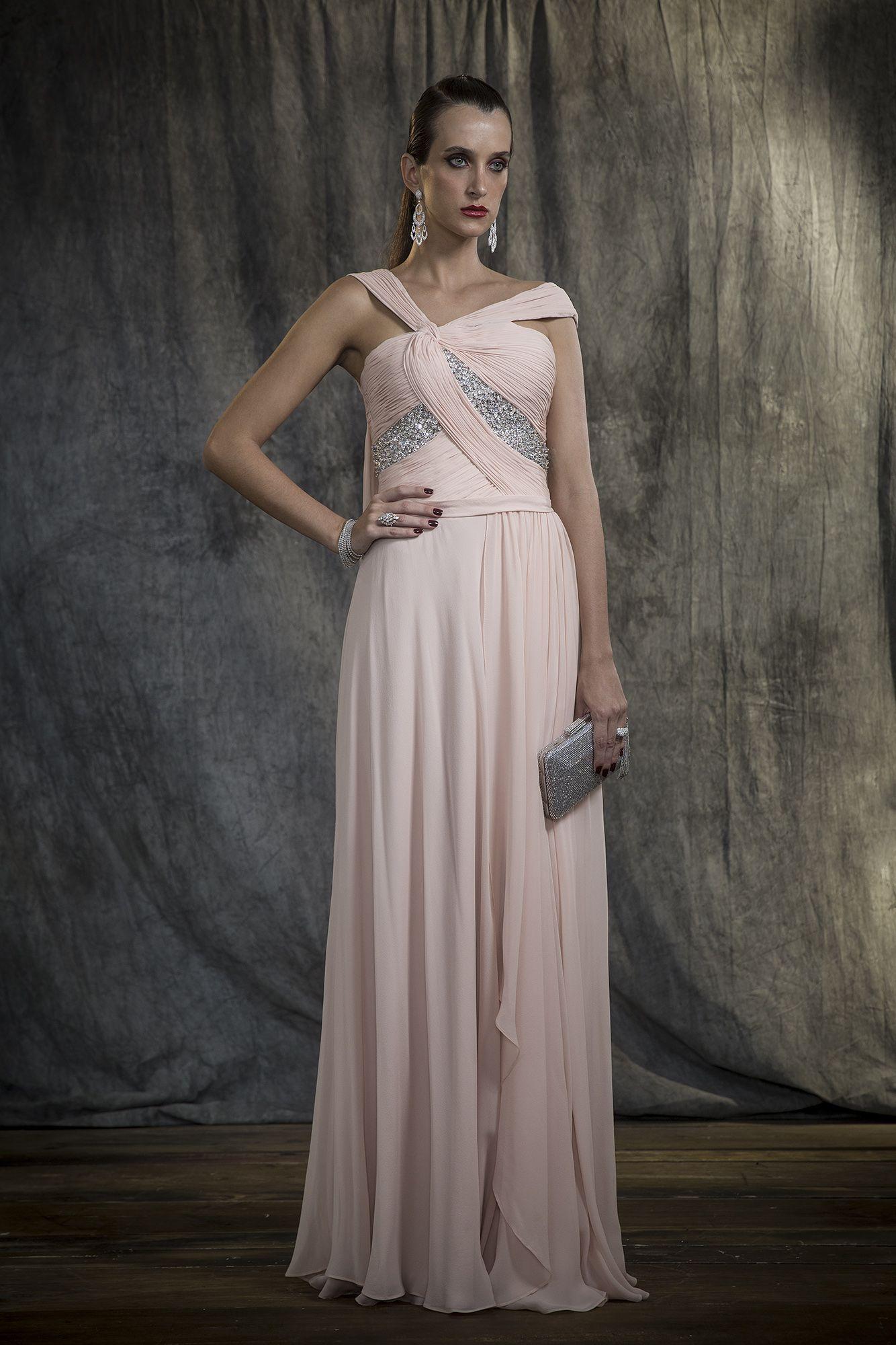 84914a72ef Sandro Barros Blue Label Coleção Inverno 2018 Vestido longo fluido rosa  nude em crepe georgete