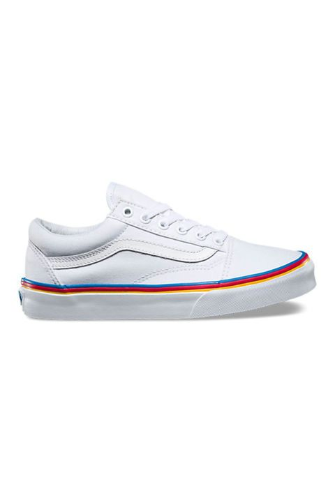 807959b08a4 Take a break from your Stan Smiths and rock these 90s inspired Vans Rainbow  Foxing Old Skool sneaks instead.
