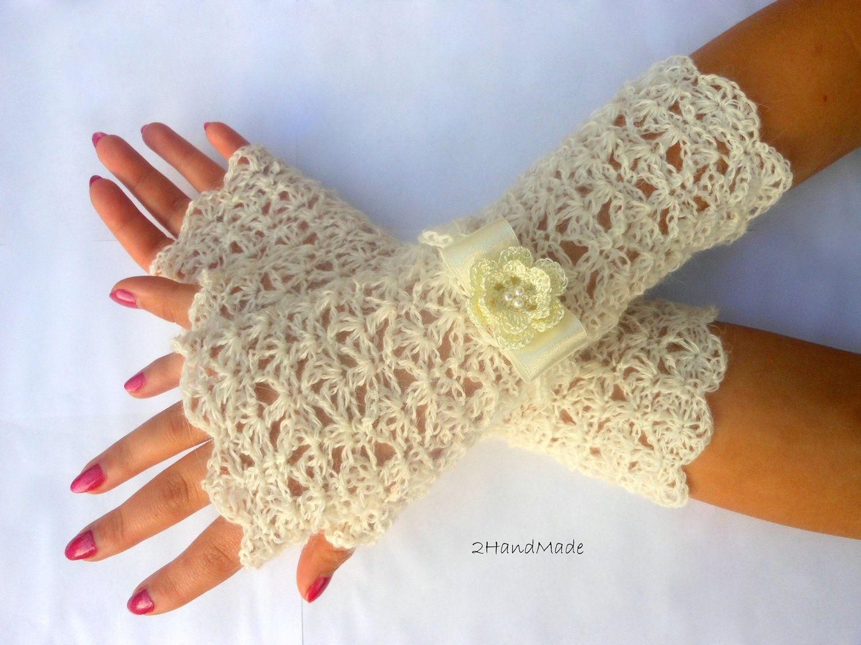 Guantes crochet pinterest gloves fingerless gloves and hand lace crochet fingerless gloves wedding ivory vintage by bankloansurffo Images
