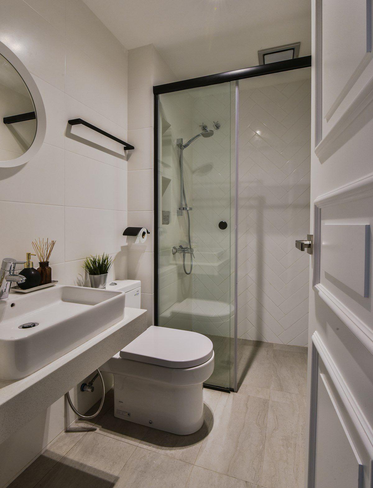 Bathroom Designs For Small Bathrooms In India Simple Bathroom Designs Interior Design Bathroom Small Bathroom Interior Design