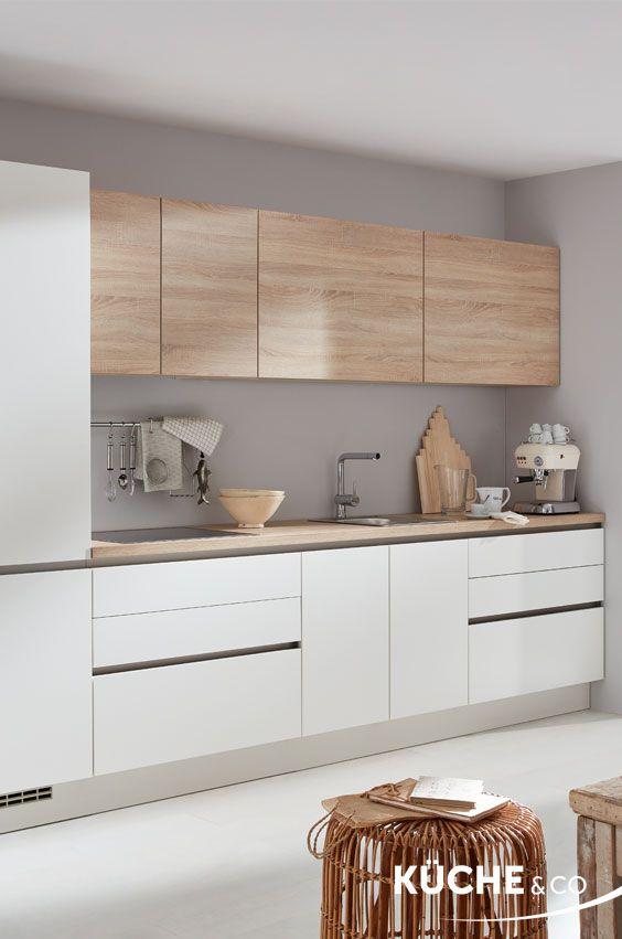 Küchenzeile » Moderne Küche in Weiß in 2020 | Küche holz ...