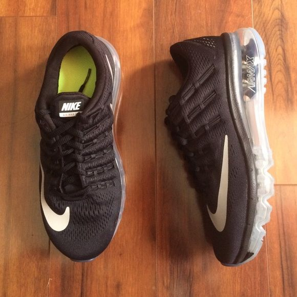 Women s Nike Air Max 2016 All black with clear bottom and reflective Nike  swoosh. Can be used to either walk or run in. Kids size 4 but can also fit  a ... f1e170b57