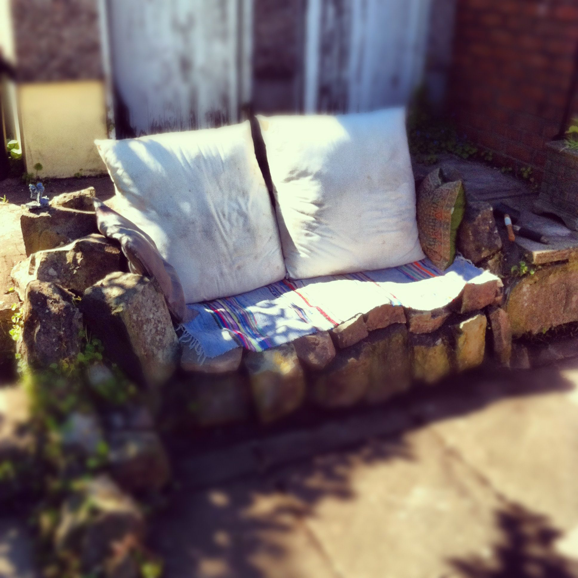 Stop weeds in flower beds - I Turned An Old Flower Bed Into A Comfy Sofa In The Summer Just Cover