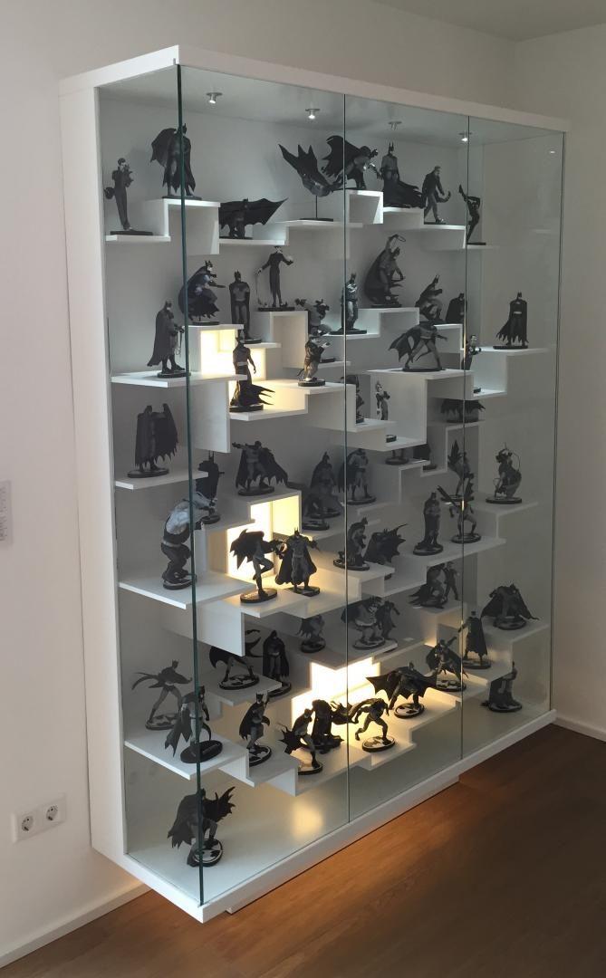 Displaying art on shelves | Ikea lack
