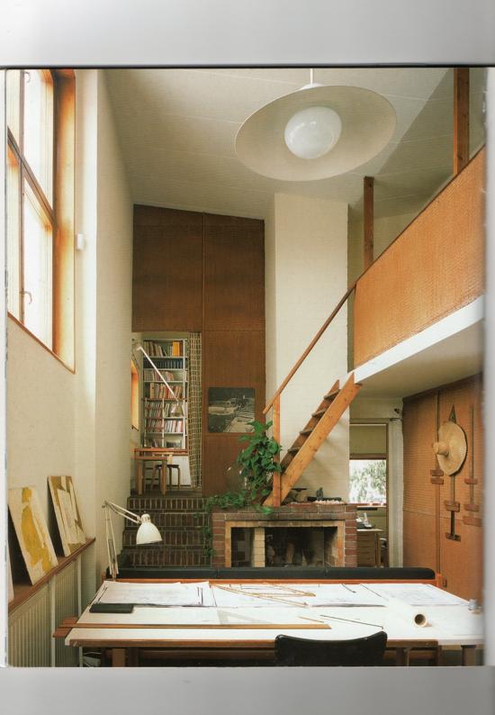 Historia de la arquitectura moderna casa estudio alvar for Historia de la arquitectura moderna