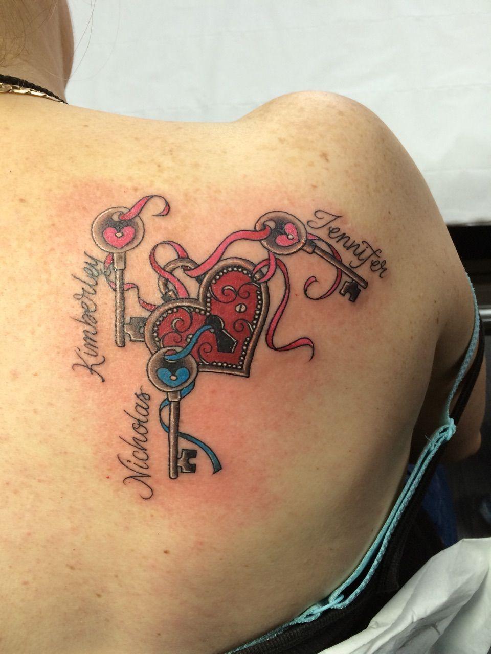 tattoo namen namendesigns und ideen tattoos tattoo tatting and tatoos. Black Bedroom Furniture Sets. Home Design Ideas
