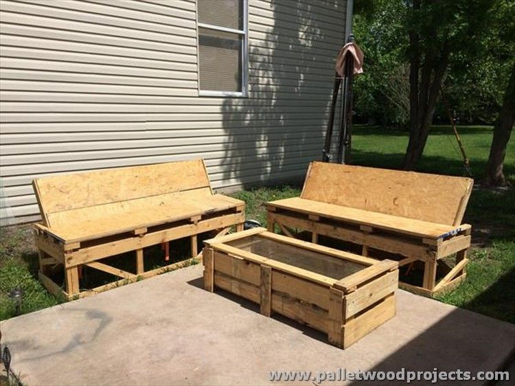 Pallet Wood Outdoor Furniture