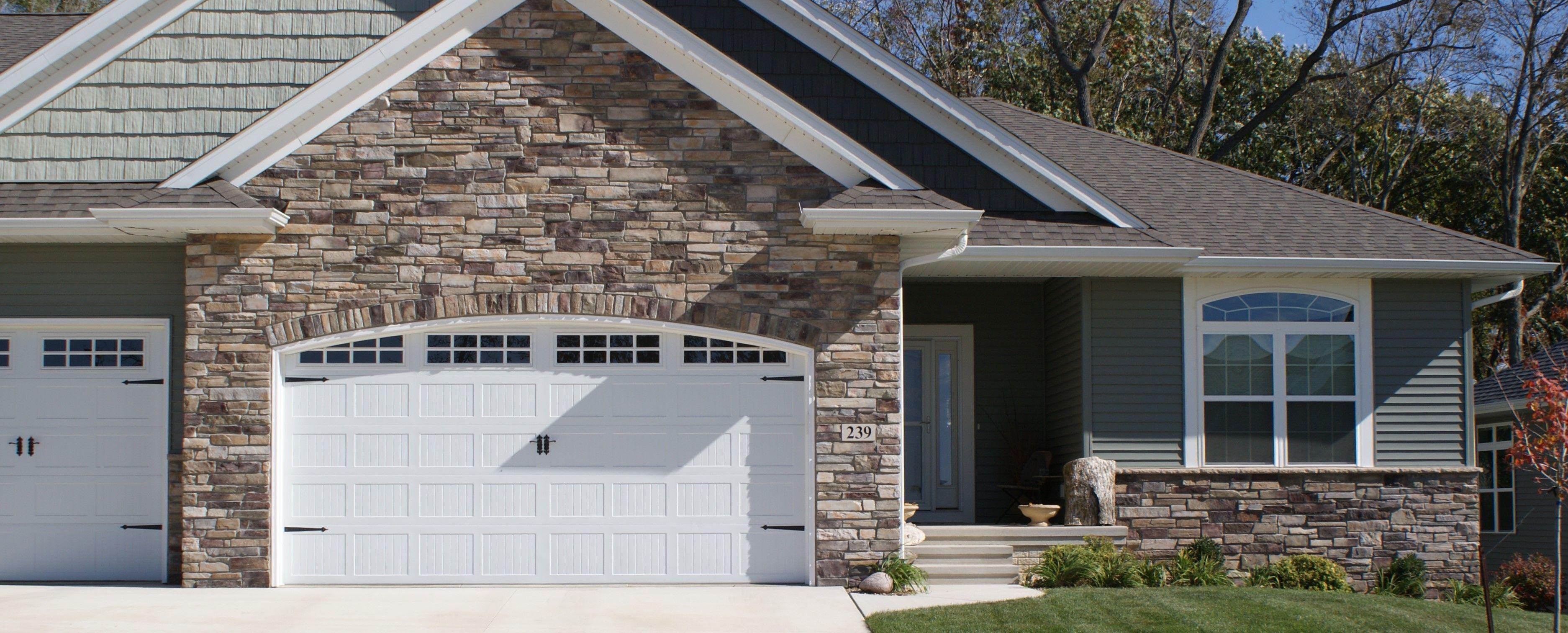 Boral bucks county country ledgestone country ledgestone for Exterior ledgestone