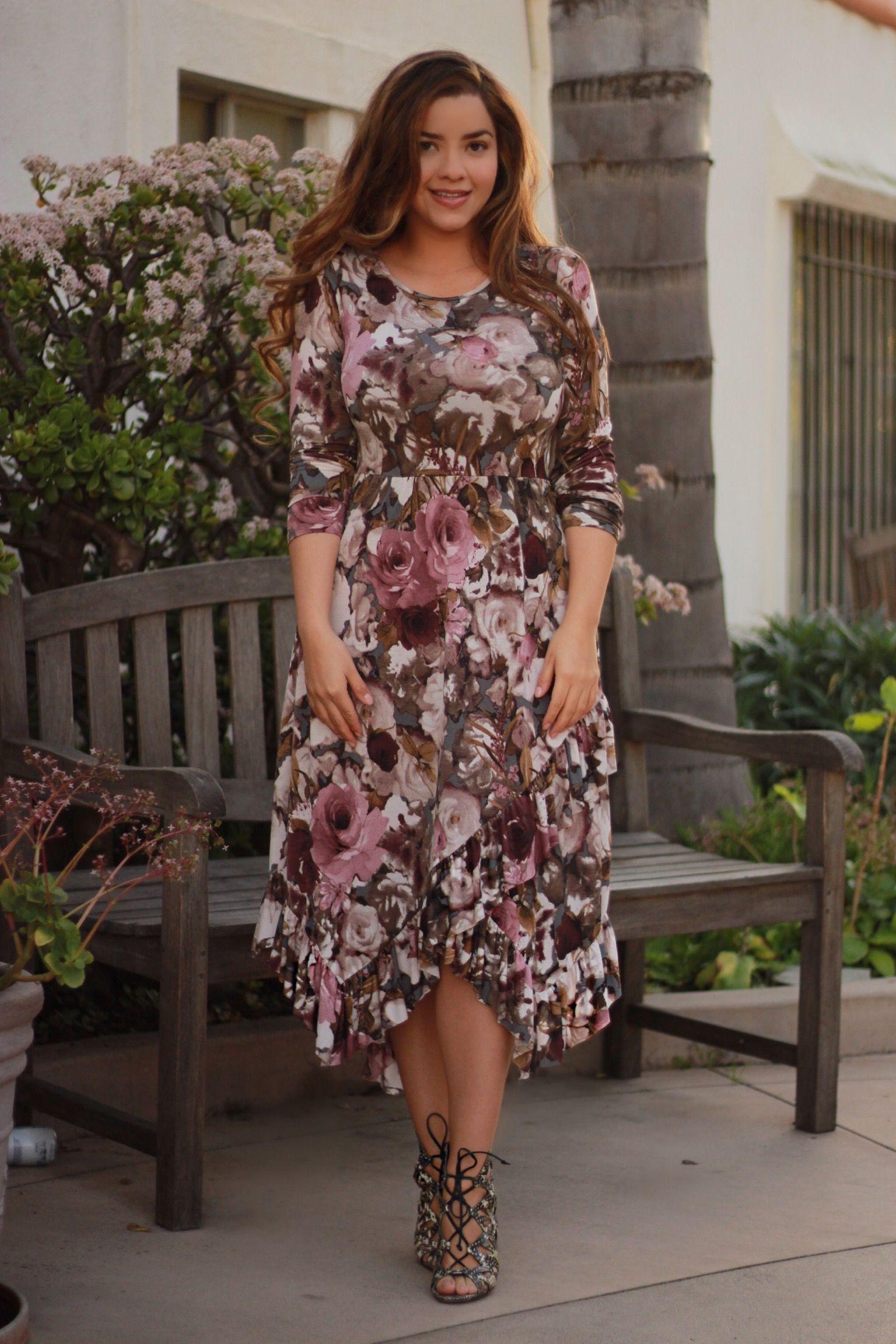 ¡Nuestro vestido con volantes Shelby es hermoso!  ¡¡Disponible ahora!!  – Moda