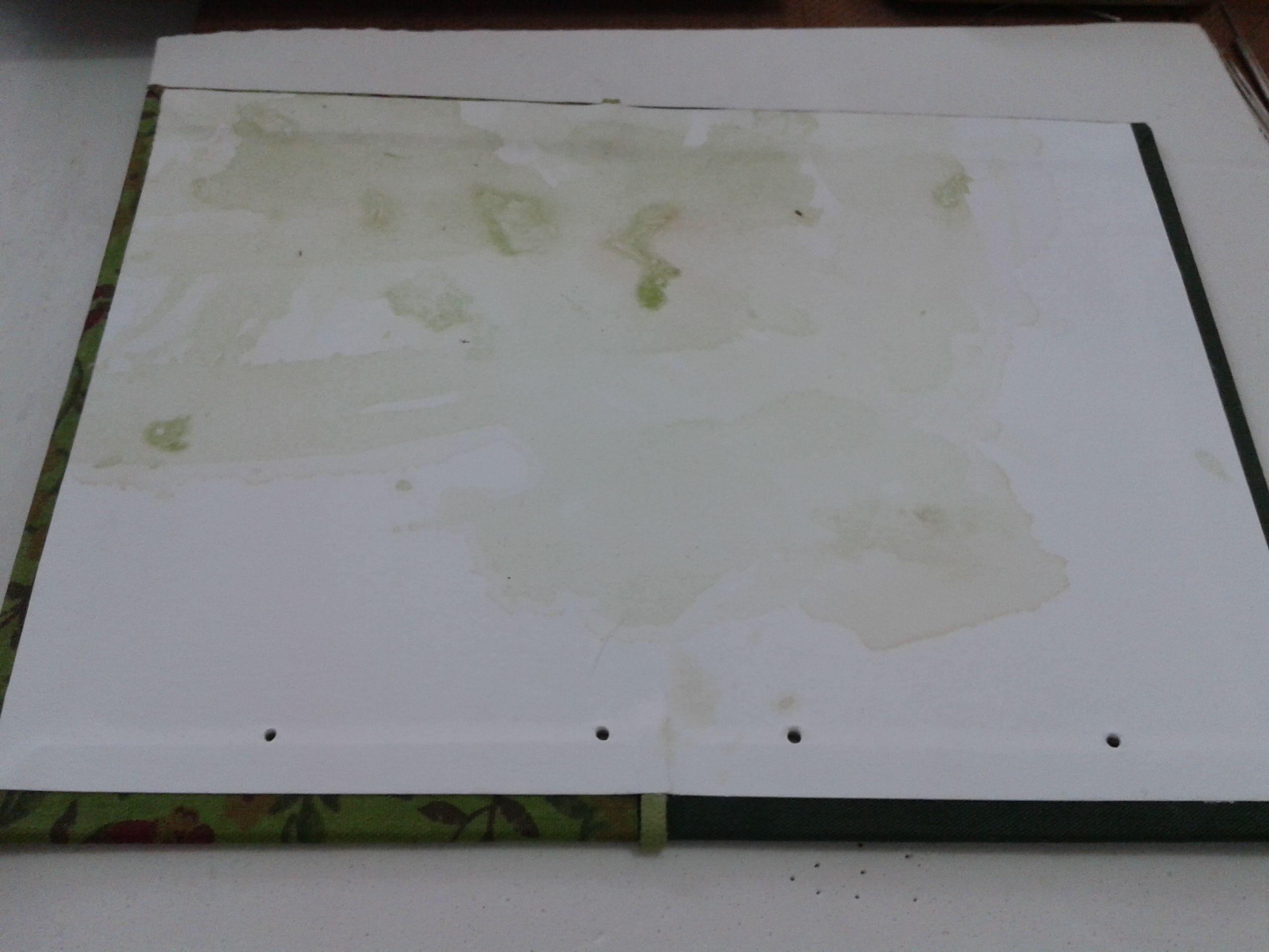Detalhe da capa antes da costura