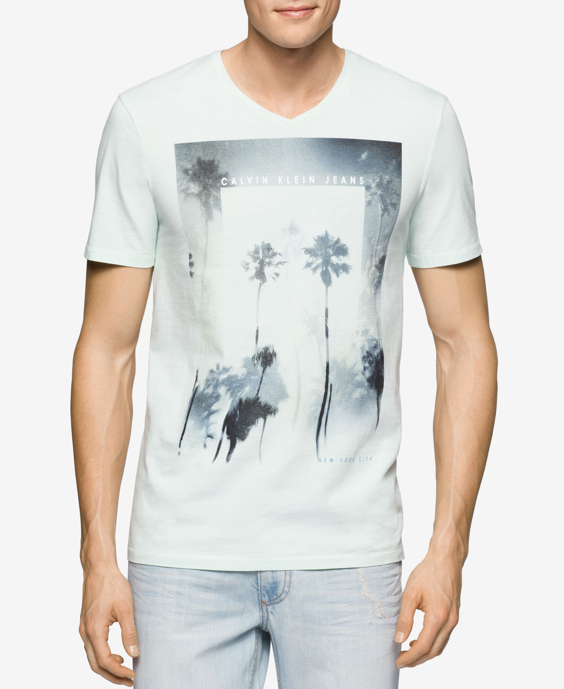 e131f909d Calvin Klein Jeans Men's Graphic-Print T-Shirt | graphics in 2019 ...