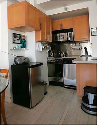 a small kitchen - to say the least ) House design Pinterest - Efficiency Apartment Design