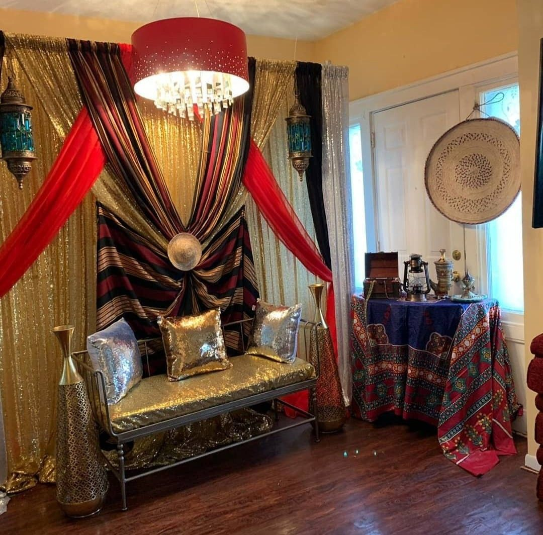 كوشه لعروس تراثيه يمنيه في ليله الحناء Hall Decor Wedding Hall Decorations Decor