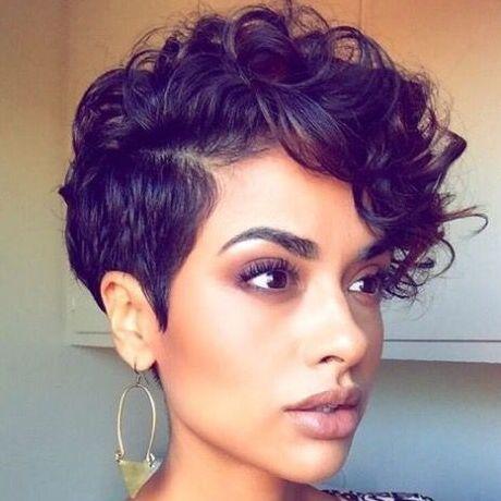 Cacheadas Cabelos Cacheados: Corte e penteado para cabelos cacheados curtos Curly Girl - Haircut and Hairstyle: