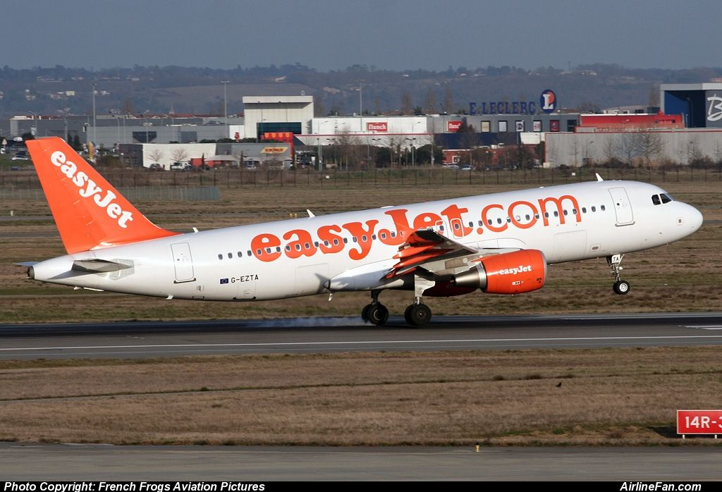 EasyJet Airline Airbus A320-214 http://www.airlinefan.com/airline-photos/EasyJet-Airline/Airbus/A320/G-EZTA/1216884/