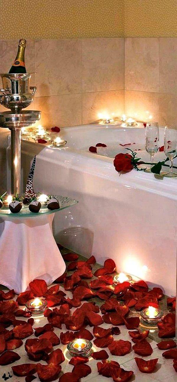Romantic Bathtub With Rose Petals