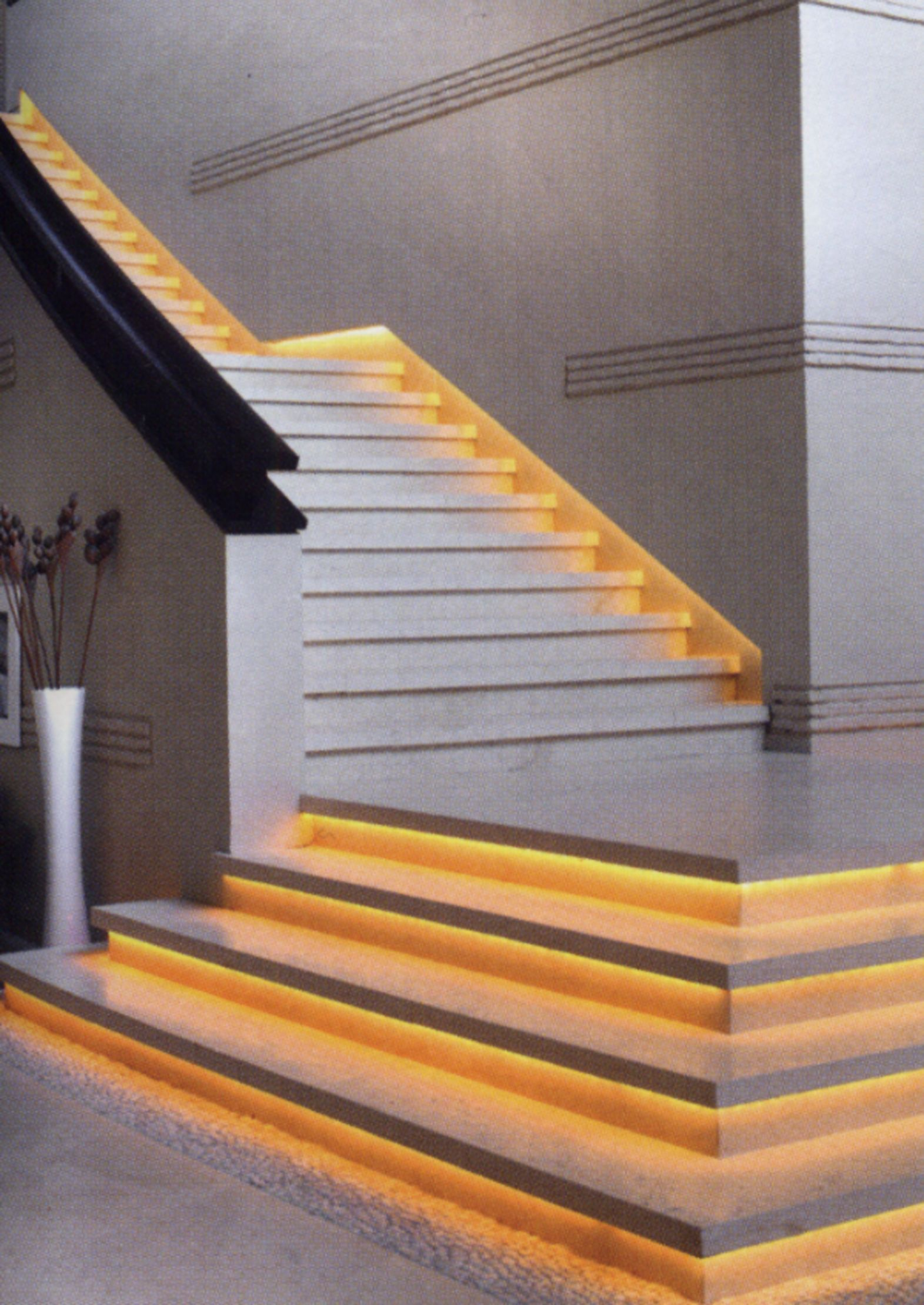 This Is A Good Example Of What An Led Strip Under The Lip Of Each Step Would Look Like Stair Decor Staircase Design Stair Lighting