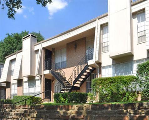 Woodbridge Apartments In Dallas, Texas. 1 U0026 2 Bedroom Apartment Homes. Only  10