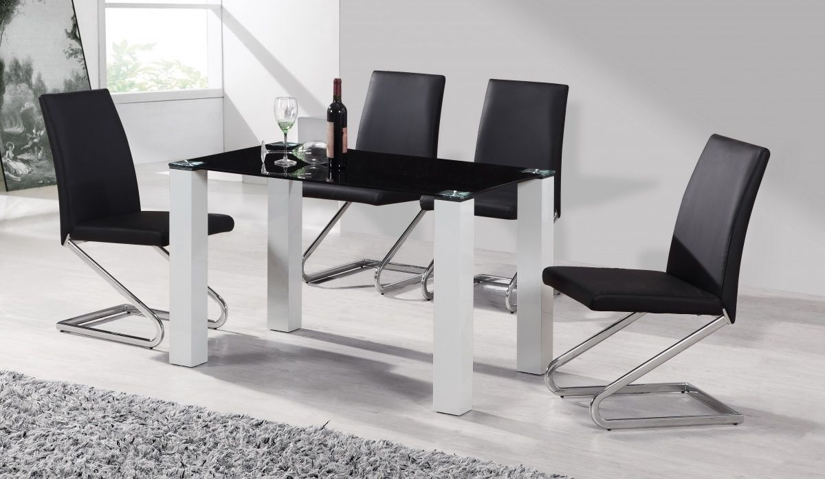 Black Glass Kitchen Table And 4 Chairs | http://sodakaustica.com ...