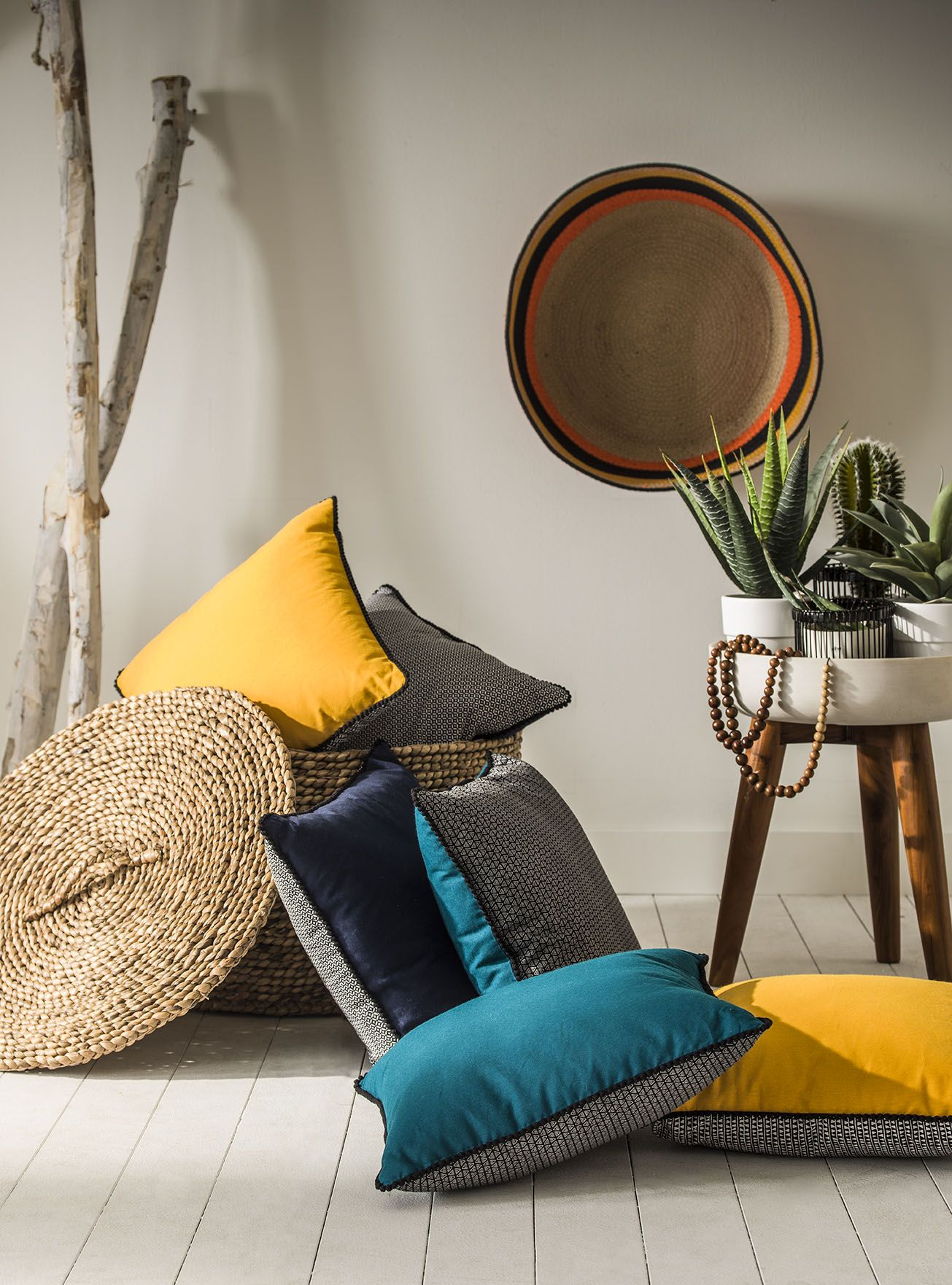 coussin goa today by lefebvre textile origine boh me chic ethnique texture couleur vie. Black Bedroom Furniture Sets. Home Design Ideas