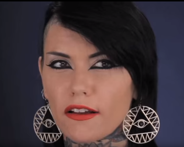 malice mcmunn - i love this eyeliner   Nose ring, Septum