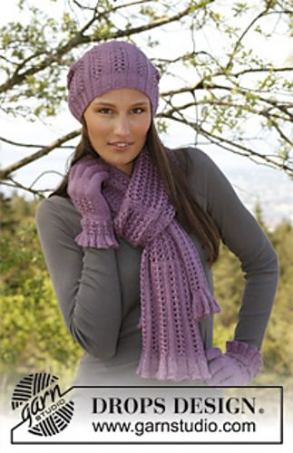 Free Pattern 142 3 Delilah Hat Scarf And Gloves Knitting