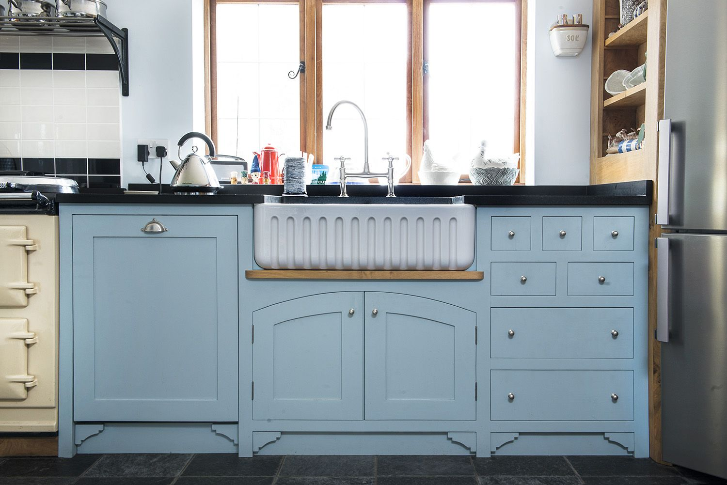 Best A Very Elegant Sink Unit Hiding A Dishwasher And Creating 400 x 300