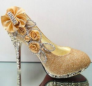 e129a4c0ad80 New gold beautiful Vogue lace Flowers Crystal High Heels Wedding ...