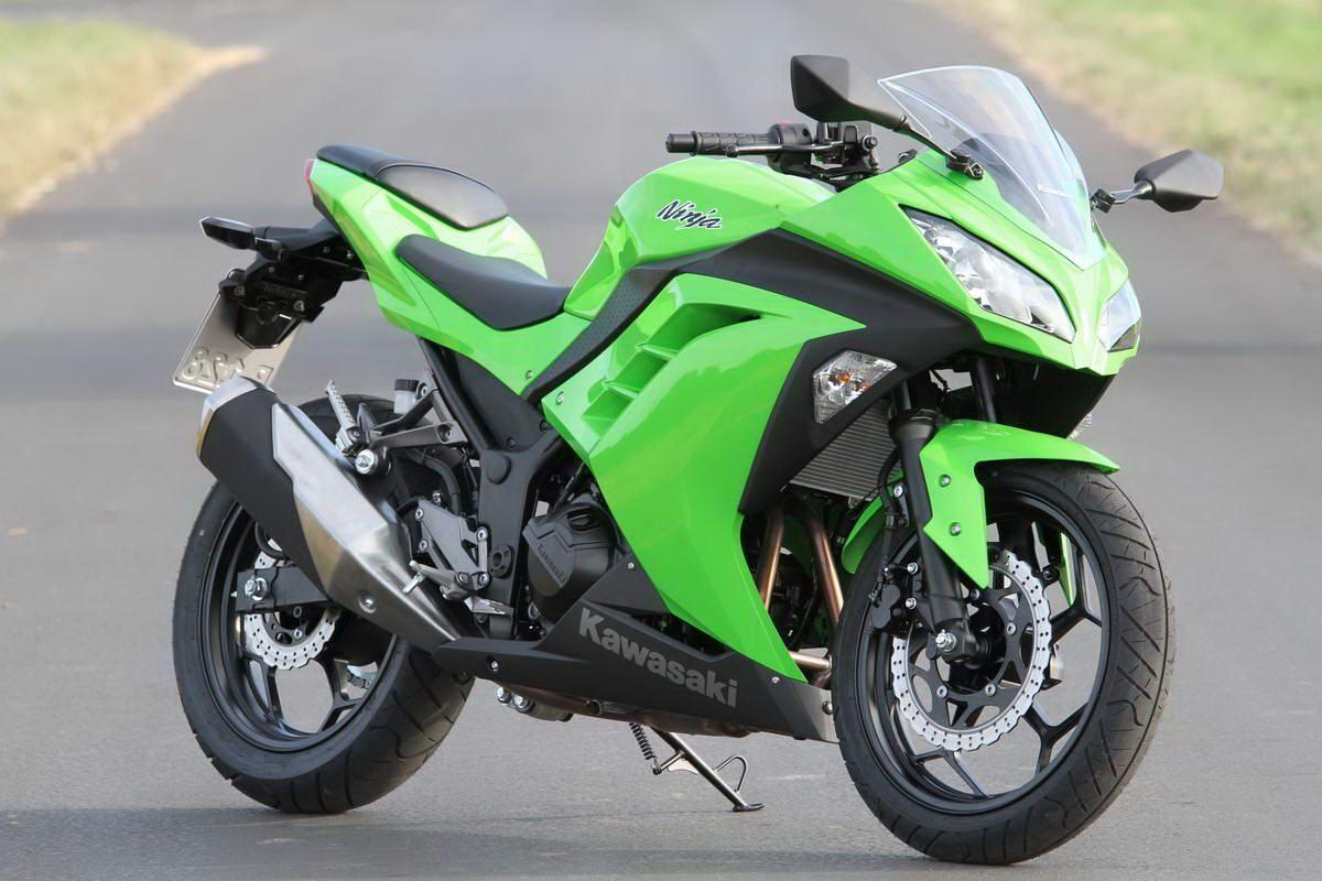 Kawasaki Ninja 300 Launched In India At Rs 3.64 Lakh (con