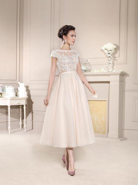 Brautkleider mit langem midi der glamour der 50er jahre for Robes blanches simples pour le mariage de palais de justice