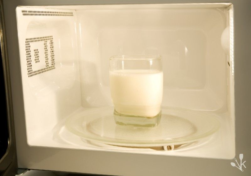 Can You Microwave Milk? Safely Heating It Up   Milk ...