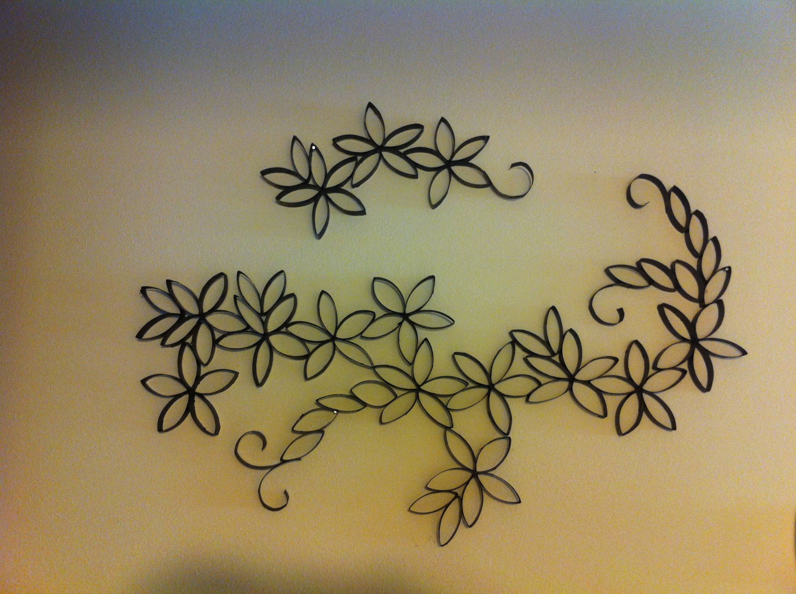 Cut Up Toilet Paper Rolls Glue Together Into Flowersdesign Spray