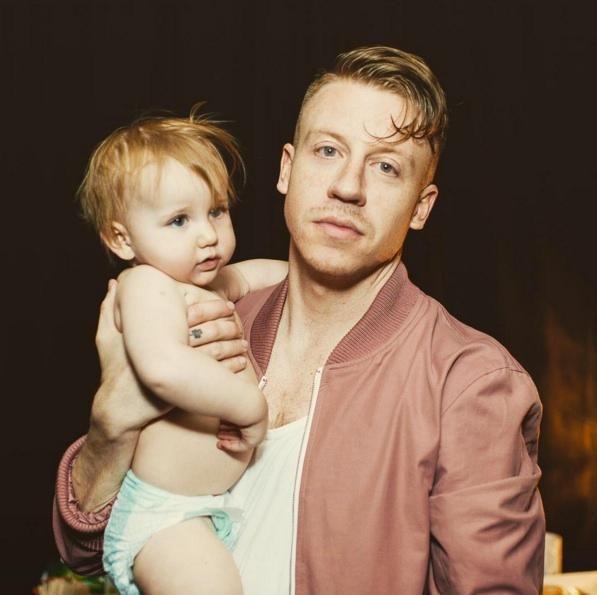 Macklemore Celebrates Daughter Sloane S First Steps In Heartwarming Video Celebrity Dads Macklemore Macklemore Daughter