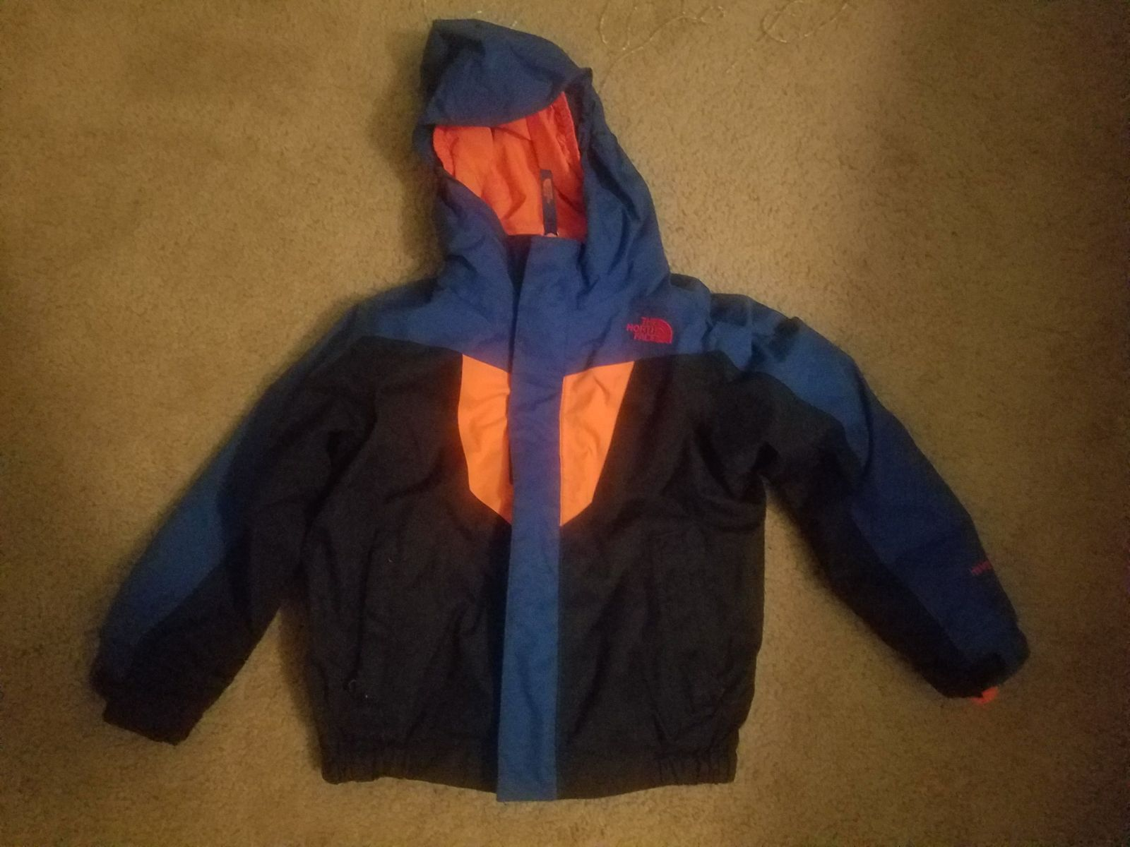 North Face 4t Boys Triclimate Coat That Has Zip In Fleece That Can Be Winter Coat Or Fall Coat Fleece Has Slight Staining Fall Coat The North Face Winter Coat [ 1200 x 1600 Pixel ]