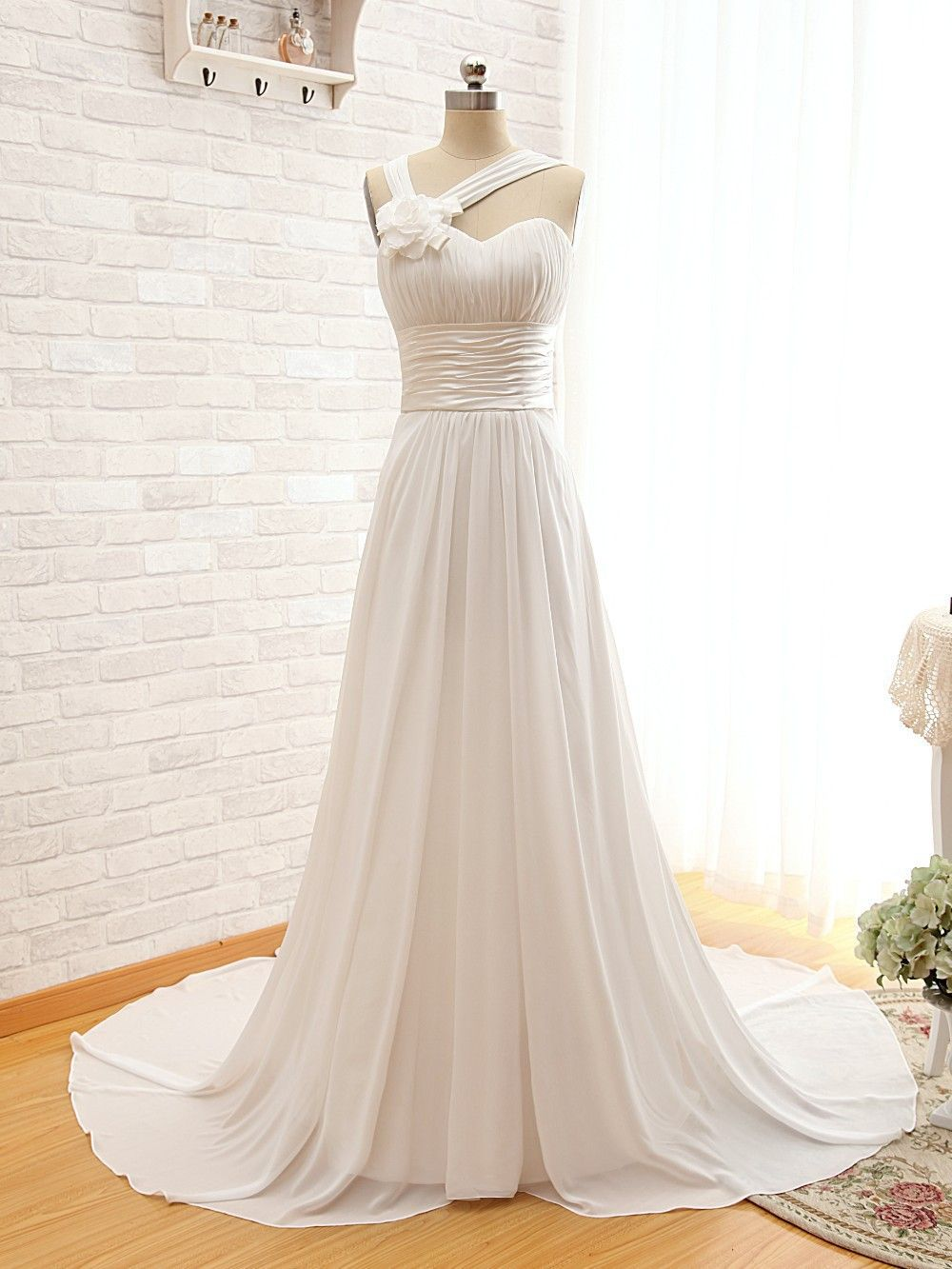 Simple elegant bridal dress wedding dress new aline sweetheart