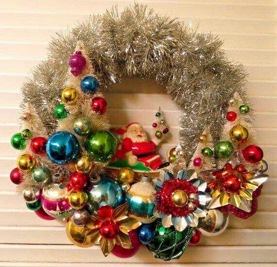 Vintage wreath Jingle Bells Pinterest Vintage wreath, Wreaths