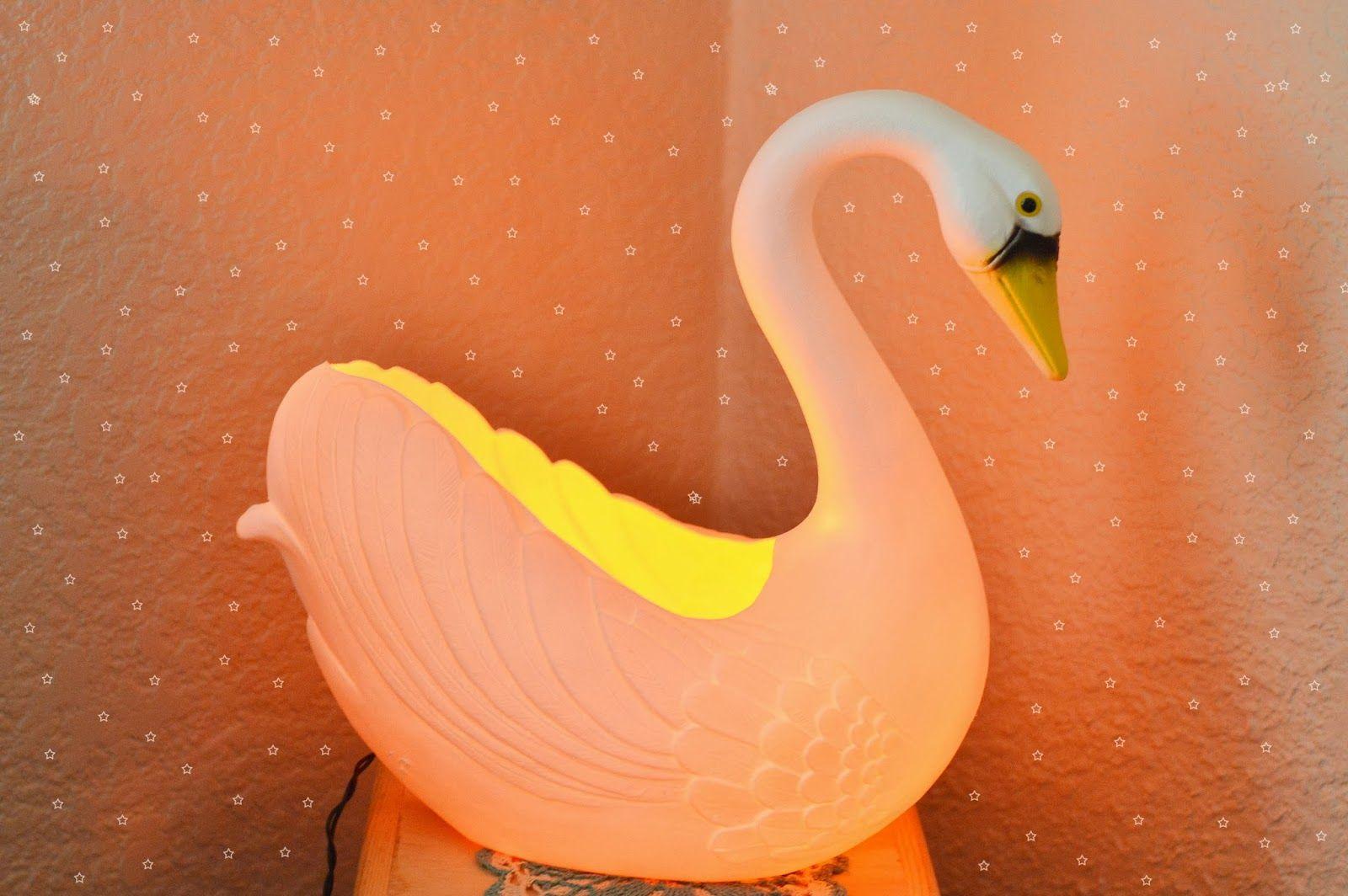 DIY: swan nightlight