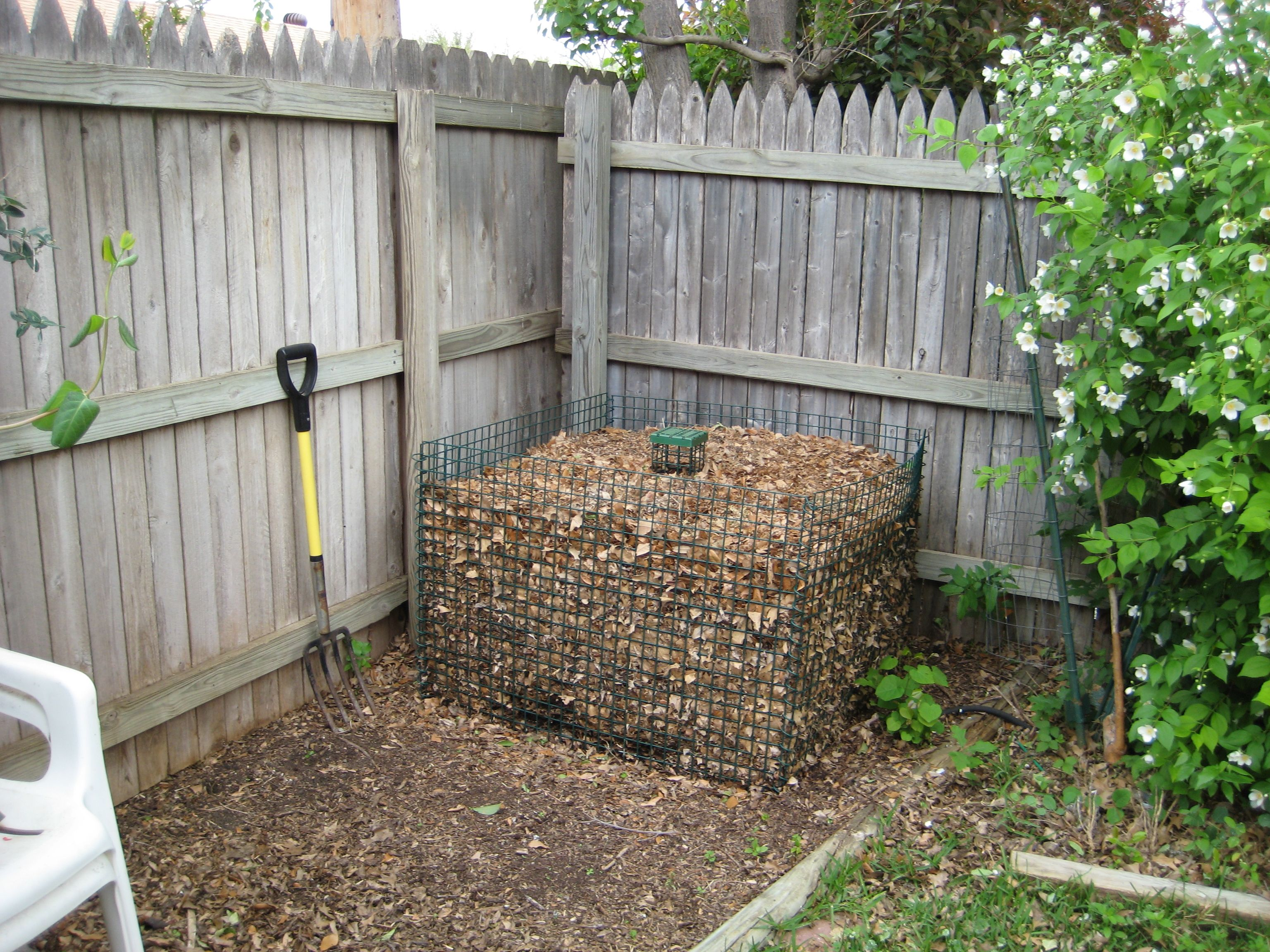 shepherd u0027s composting bin a walk in my garden pinterest