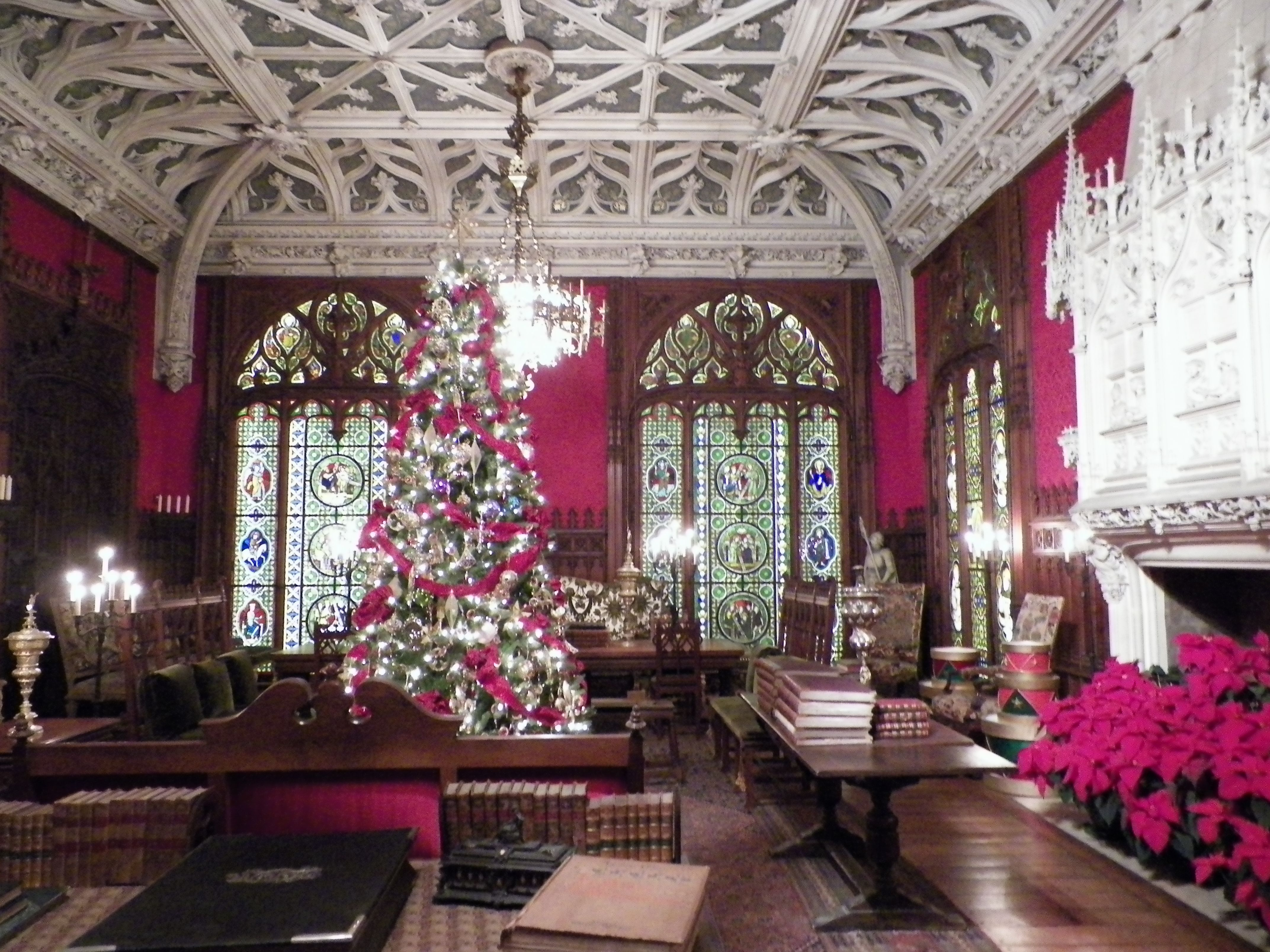 Marble House Newport Ri At Christmas This Mansion Was Built From