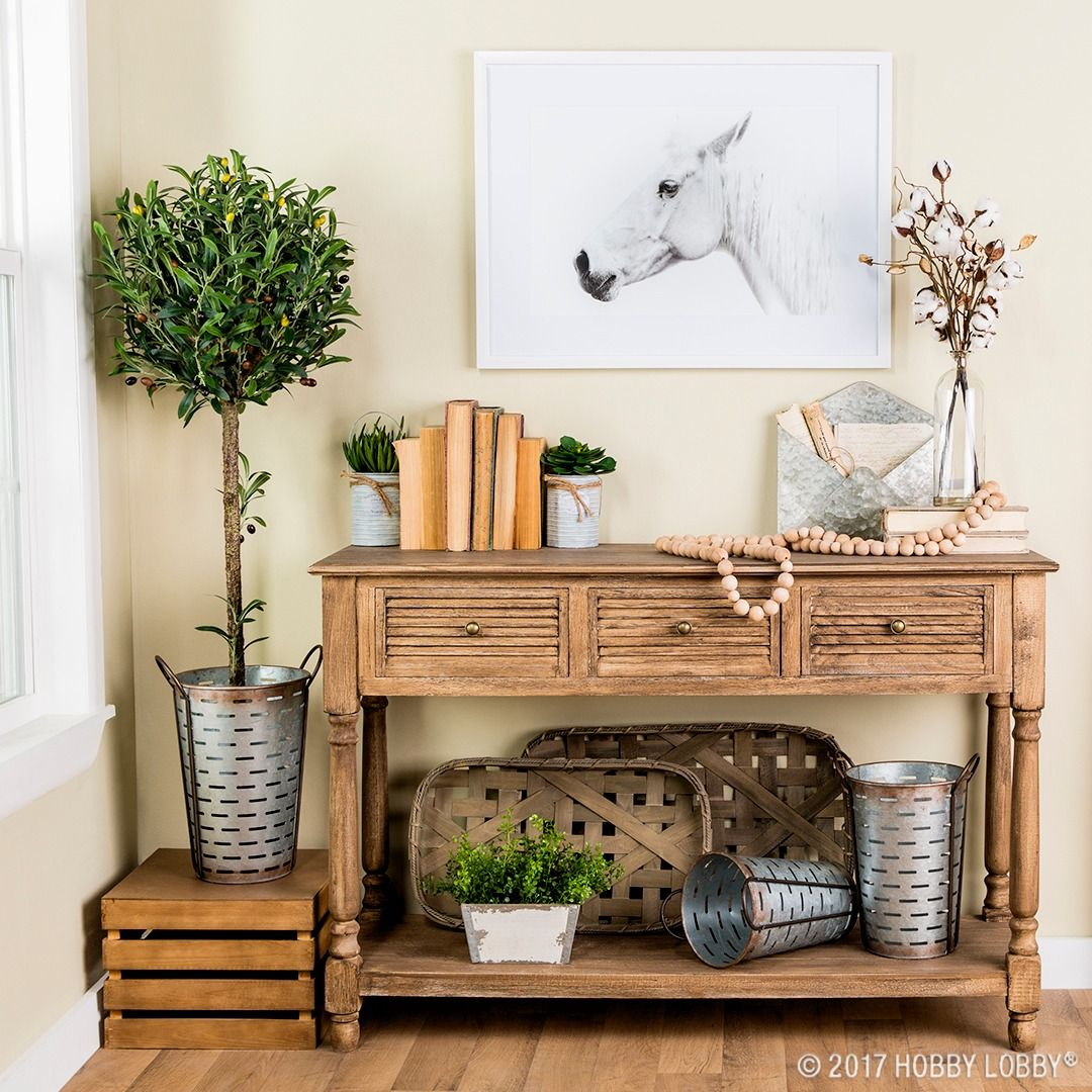 Need Some Entryway Inspiration? Try Mixing Vintage And