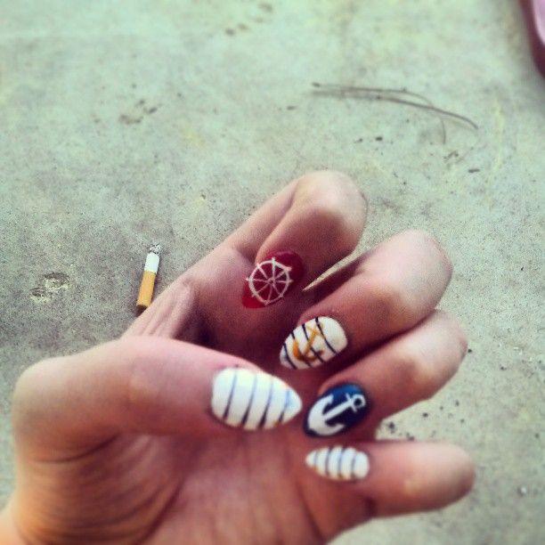 nautical summer nails!