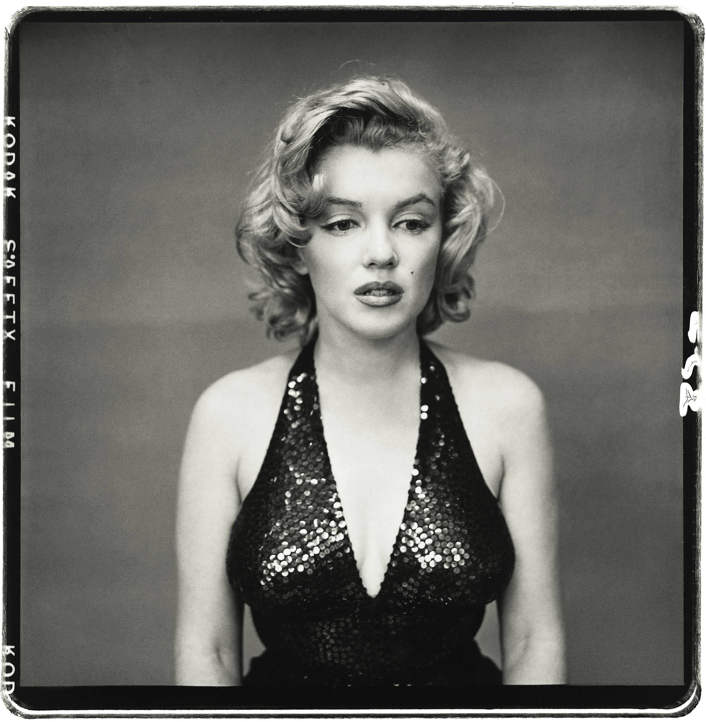 Marilyn Monroe (1. juni 1926 – 5. august 1962 ) (født Norma Jeane Mortenson, men døbt Norma Jeane Baker)