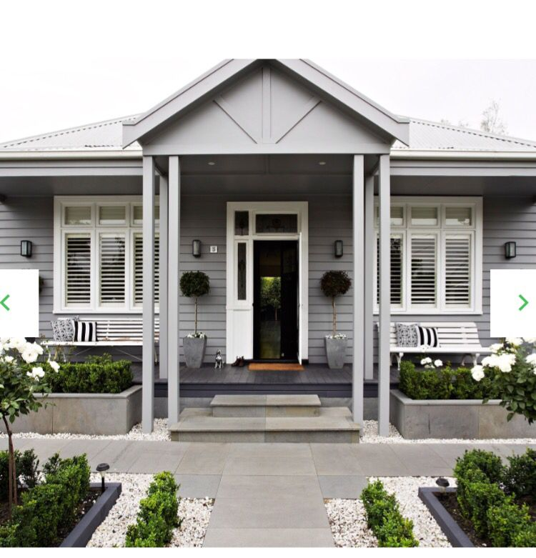 Haynes Wood Grey On Weatherboards White Trim And Black Front Door And Steps Then Just Add Greenery Exteriorpaintcolours Pinterest Black Front Doors