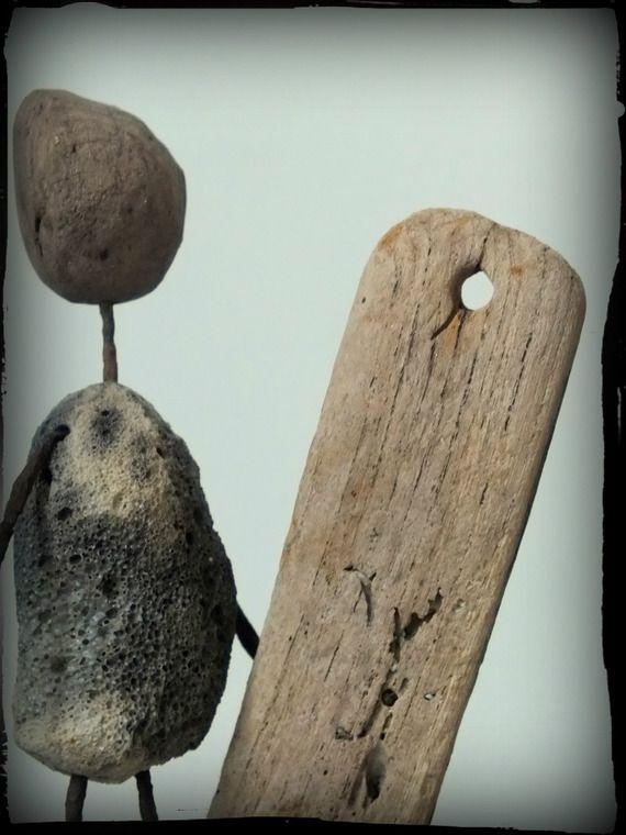 hot local statue de surfeur en bois flott et m tal sculpture. Black Bedroom Furniture Sets. Home Design Ideas