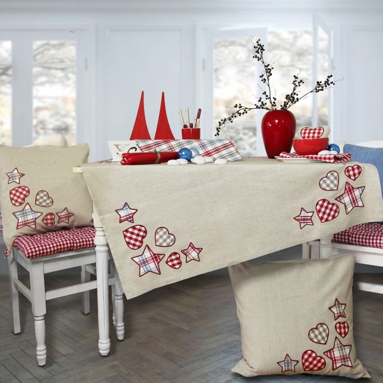 Weihnachten wie in Schweden: Tischläufer SVEJA. Zu bestellen bei www.sander-tischwaesche.de #tischsetnähen